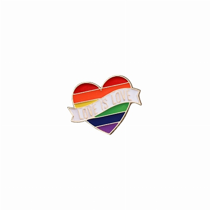 Pin Coração Love is Love 8135082