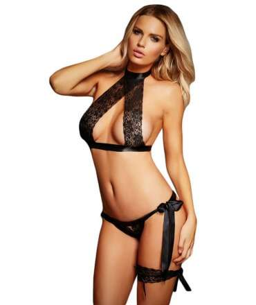 Set Black with Strips of Lace and Ribbon - 3 pieces 0790040500