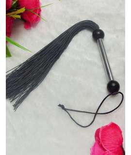 Whip in Black Silicone 333012